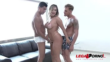 Bottom trailer up - Latina slut mia linz rough dp with two monster cocks