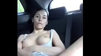 Morrita masturbandose