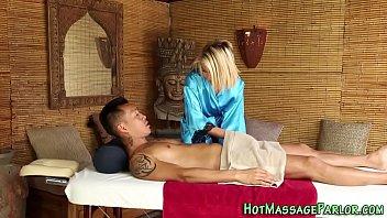 Teen masseuse jizz facial
