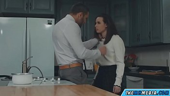 Kitchen sex with a horny girlfriend