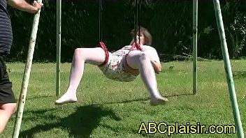 Shibari balançoire en couche de bébé Kio