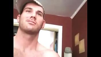 Hairy Straight Italian Guy Jerking On Cam