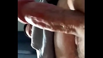 Thick cock erupts with cum from handjob Vorschaubild