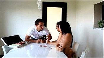 Passion-HD Strip poker makes 2 girls horned up to fuck Vorschaubild