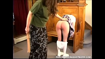 Free spanking teen jessica - Spanked in the foyer 1