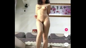Nude dance China 38