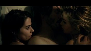 Knock knock movie hot scene-2015