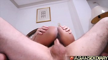 Asian Sex Diary - Horny Filipina MILF gets creampie from white tourist