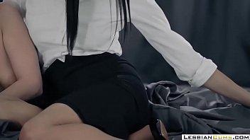 LesbianCUMS.com ⇨ Classy Lesbian Morning Sex