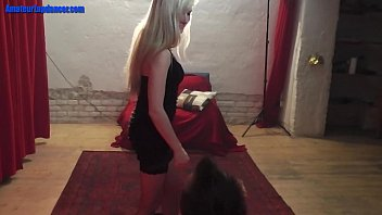 Hot 19Yo Girl Dances Naked For The First Time