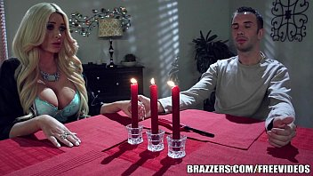 Taylors site boobs - Brazzers - summer gets revenge on her bf