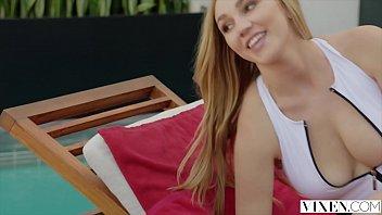 VIXEN Kendra Sunderland Cheats The Second Her Boyfriend Leaves thumbnail