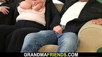 Granny gets double fucked Boozed old granny getting double-fucked