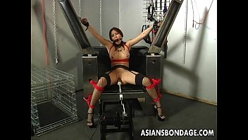 Roped machine fucked Busty brunette getting her wet pussy machine fucked