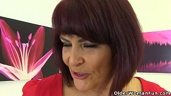 X free mature mom cl ps - British milf christina x slides her fingers in
