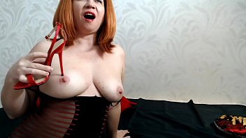 Fuck pussy with red high heel