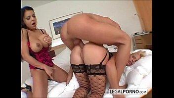 2 sexy girls with big boobs take a big dick in the ass RMG-1-02 Vorschaubild