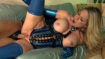 High compression latex Fucking in shiny latex lingerie and high heels