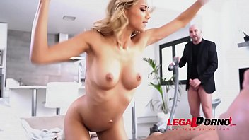Horny Latin Teen Veronica Leal Gets DP And Squirts AB029