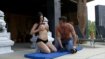 Horny Bitch Fucking in Gym - FileDomino.com