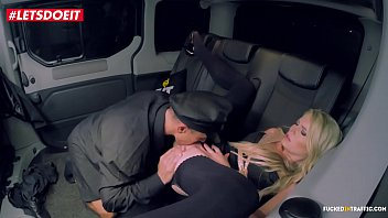Uber Taxi Driver seduce Blonde and broke her pussy (Claudia Macc)