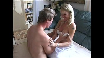 Amateur Brit housewife Sophie sucks, fucks and used as cumbucket for stranger while hubby films