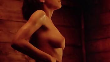 Twisted Nightmare: Sexy Nude Girl Sauna