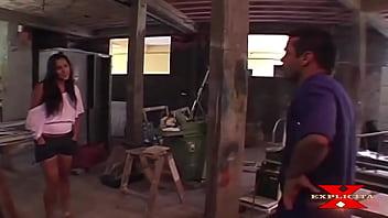 Sexy babe forum - Marceneiro arruma a cama da garota e prova que ficou bom