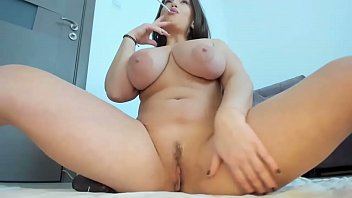 Yummy pawg shaking her big juicy tits
