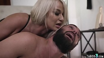 MILF Housewife Sitting On Hubbys Face And Punishing Him