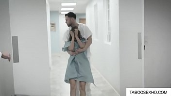 Sexy milf get fucked by hospital doctor