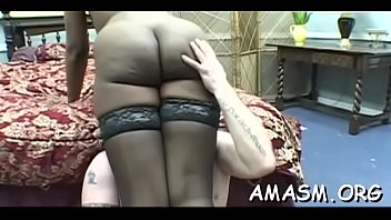 Needy woman loves facesitting man in messy porn modes