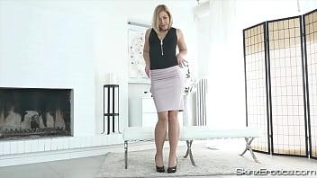 Czech Beauty Tracy Lindsay Masturbates in High Heels