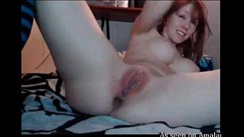 Hot redheaded webcam girl rubs her wet cunt - www.fuck-se.xyz/livecam