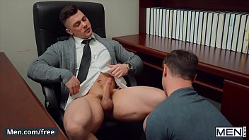 (Michael Boston) Barebacked At The Office By His Muscular Lawyer (Collin Simpson) - Men.com