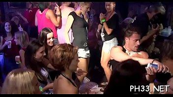 Drunk public sex party - Brunette hair slots engulfing hard