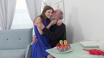 Old-n-Young.com - Sarah Kay - Happy birthday and happy orgasm! thumbnail