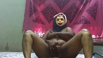 unsatisfied Indian mom pussy oozing preview image