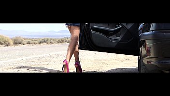Nicky Ferrari - MILF Rescue in Las Vegas