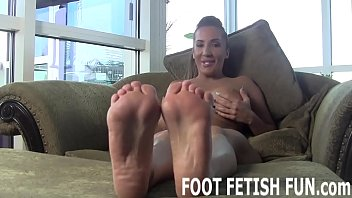 I want to show my sexy feet off for you
