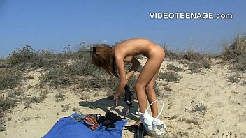 Tanned nude - Cute teen nude at beach