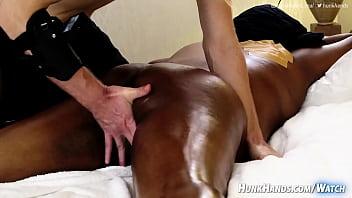 ella se corre y DEJA el masaje! (verdadero tímido indio en Singapur)     «« ¿Qué es VAGINISMO? »»