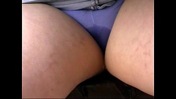 Panty & jeans pissing
