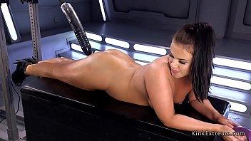 Ray sex dildo Brunette gets huge fucking machine in ass