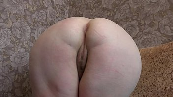 Mature milf loves to masturbate her hairy pussy when looking at her on a webcam. Big natural tits and fat ass.