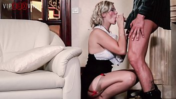 Pin up sexy legs Vip sex vault - pin up blonde milf barbara nova offers to her husband an unforgettable night