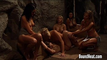 Lesbian Mistress Pleasuring Curvy Slave With Strapon