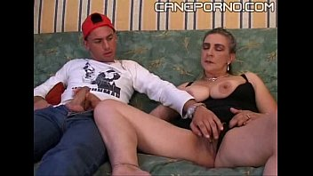 Son fucks her mom - incesto italiano