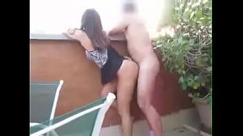 Metendo na varanda