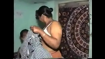 She loves the way he romps her pussy - Porn300.com
